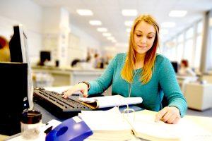 Berufsfachschule Wirtschaft — Bürodienstleistungen
